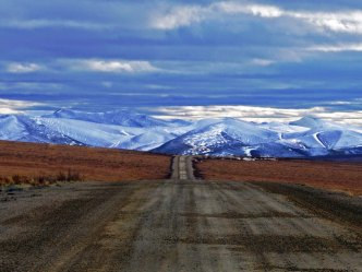 Olgivie Mountains, Dempster Highway